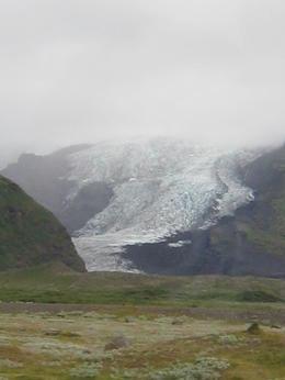 drive to Jokulsarlon - glacier , Corey - August 2012