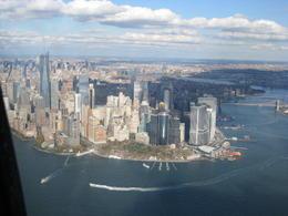 Brooklyn och Manhattan bridge till höger och södra Manhattan med Battery Park. , Henrik D - November 2014