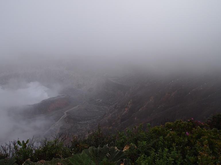 volcans-nuages-vue-panoramique