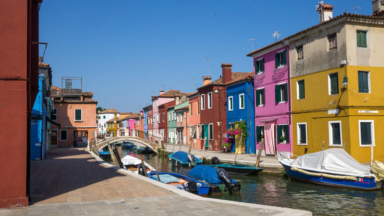 Murano & Burano Islands Half Day Guided Tour by Private Boat photo 18