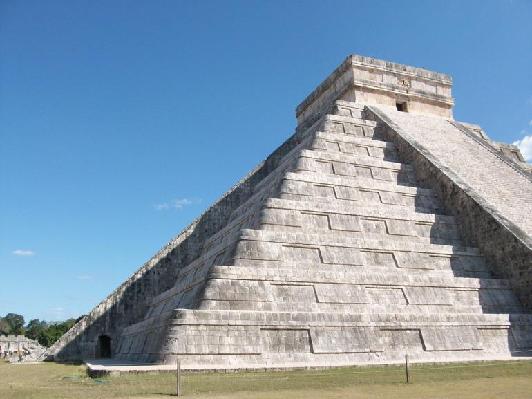 Kukulcan Temple - Cancun
