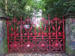 Replica of original gate , Lynda - September 2016