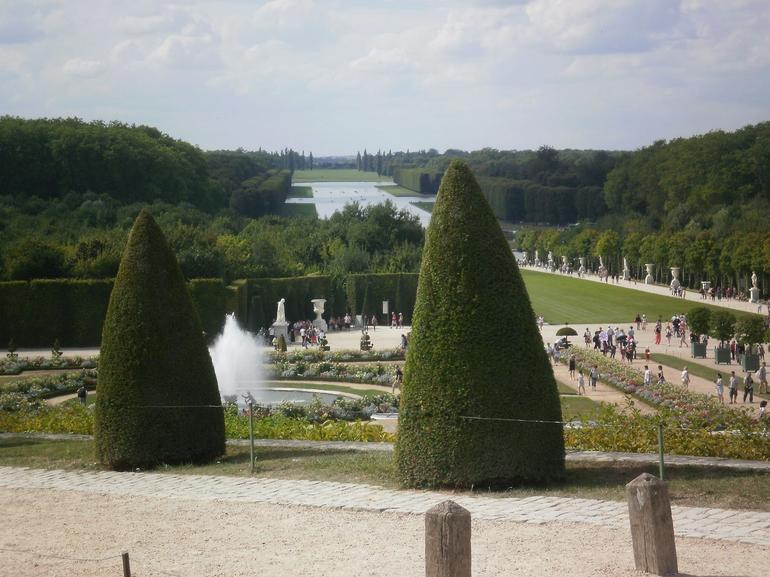 Versailles Half Day Trip from Paris by Coach with Independent Audio Guided Visit photo 35