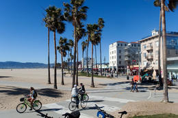Stopover for lunch at Venice Beach. , Christian R - March 2017