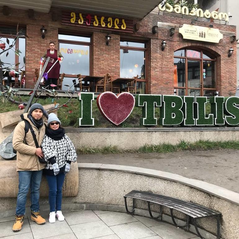 Tbilisi Walking Tour with Cable Cars, Wine Tasting and Traditional Bakery photo 14