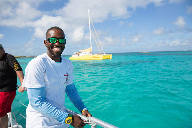 Anguilla Day Trip from St Maarten Including Lunch