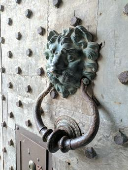 Gate Knocker at Leeds Castle , Sharon G - June 2017