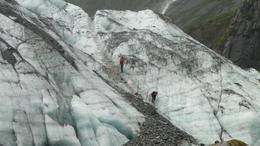 I have zoomed in here. You could see the guides in the distance carving out the track as we walked towards the glacier. - December 2009