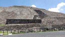 Teotihuacan: Sun Pyramid , Milton S - September 2015