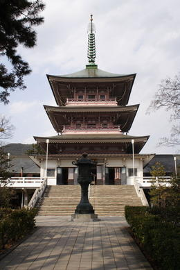 Front of Zenkoji Temple in Nagano - May 2013