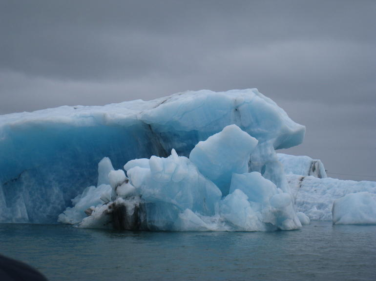 Jokulsarlon glacial lagoon - Reykjavik