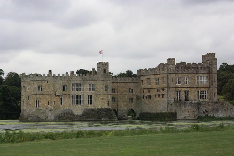 July 2011_Leed's Castle - London