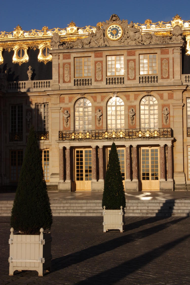 Viator VIP Access: Palace of Versailles Small-Group Tour with Private Viewing of the Royal Quarters - Paris