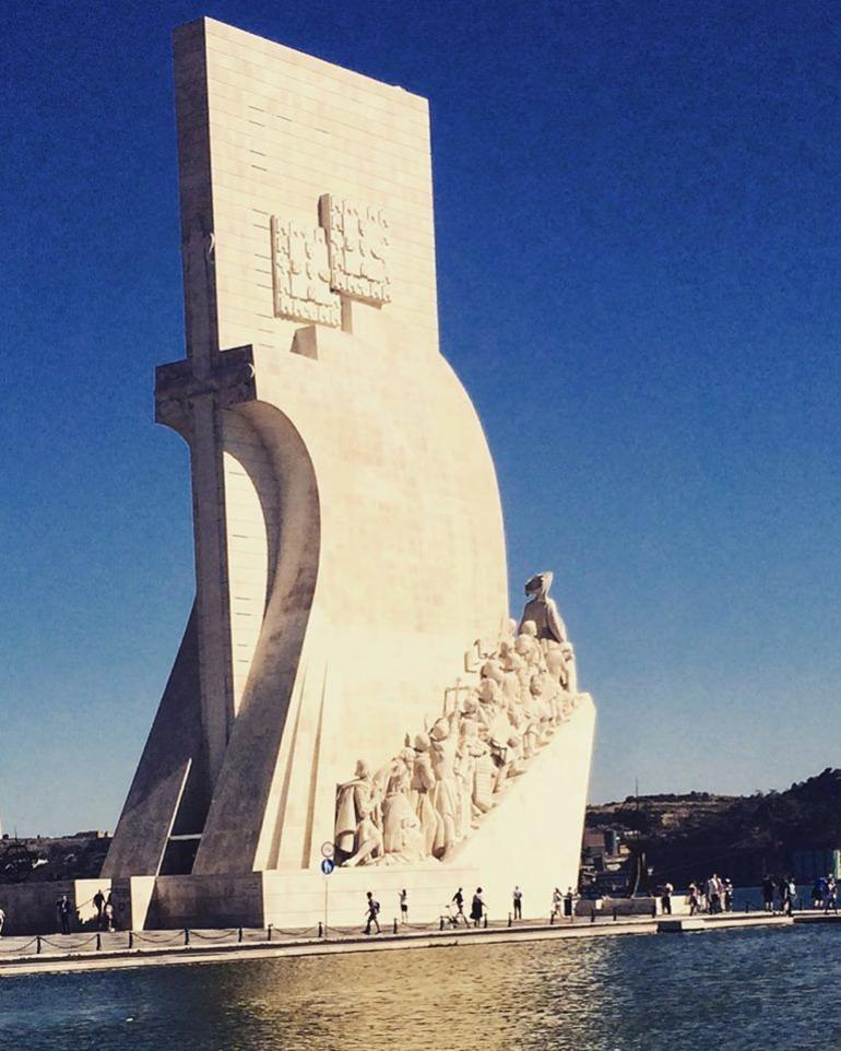 Lisbon Full-Day Small Group City Tour with River crossing by Ferry