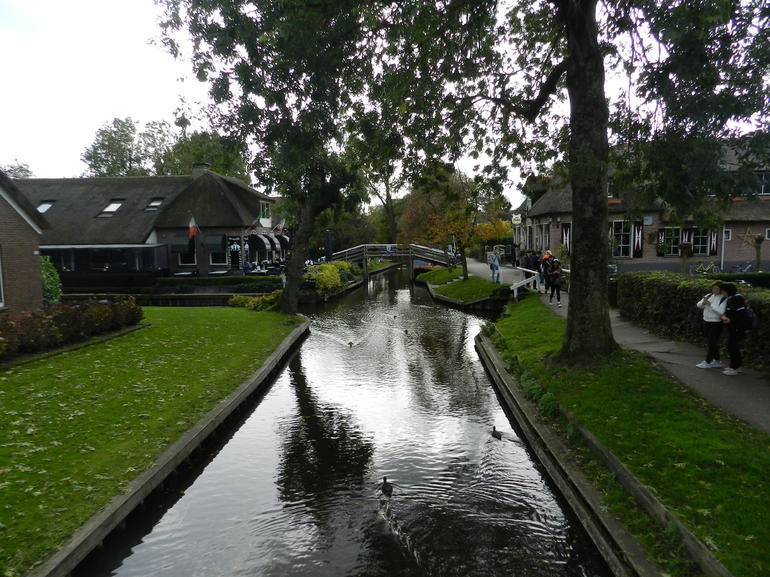 Giethoorn & Enclosing Dike Full-Day Tour from Amsterdam photo 28