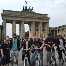 Tour group at the Brandenburg Gate , John W - August 2016
