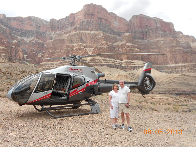 Champagne stop with our helicopter - Las Vegas