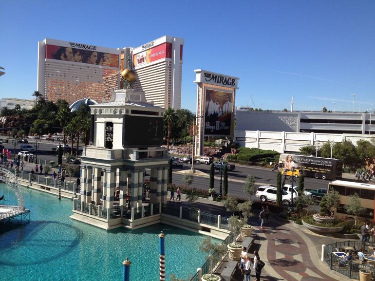 Exterior Ride - Las Vegas