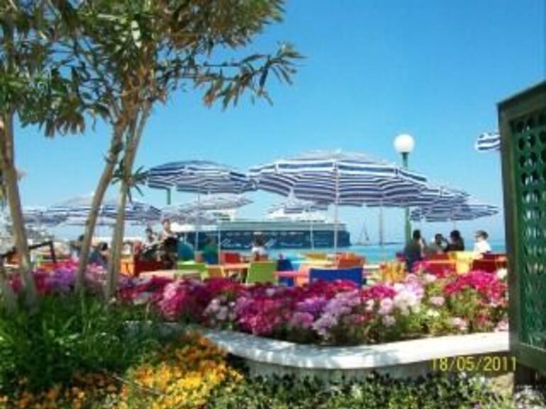 Kusadasi Beach Front - Izmir