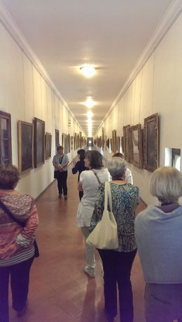 une petite partie de la galerie d'autoportraits du corridor de Vasari , HERVE M - June 2016