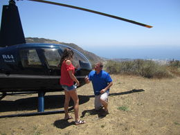 Jeff proposing to Julie. As you can see, the pilot was instrumental in capturing un unsuspected moment. , jjoslin55 - June 2015