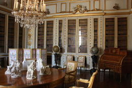 Viator VIP Access: Palace of Versailles Small-Group Tour with Private Viewing of the Royal Quarters - November 2012