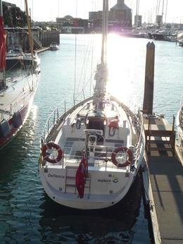 notre voilier dans le port d'Auckland , Ghislaine R - May 2014