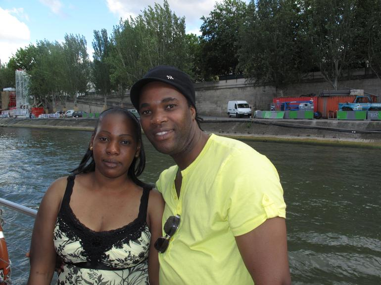 Seine River Cruise: Janet and Keith, July 2009 - Paris