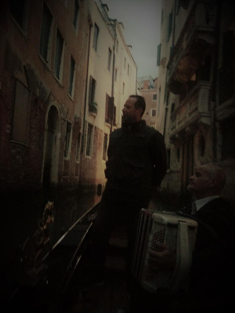 Private Tour: Venice Gondola Ride with Serenade photo 10