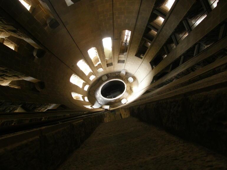 Downward spirals - Barcelona