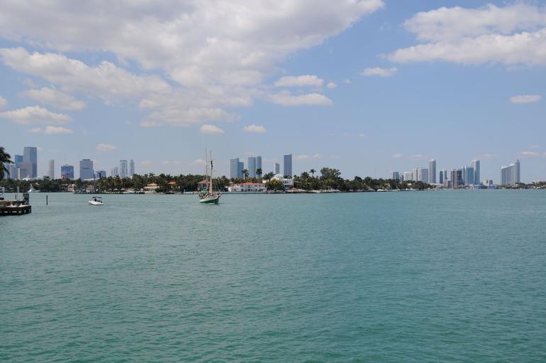 Hibiscus Island - Miami