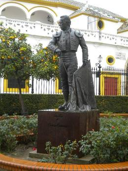 A statue of bullfighter , Ester88 - July 2011
