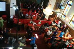 Les chants dans l'église au Bronx, notre groupe est allé sur le Bronx et non a Harlem , Alain G - April 2013