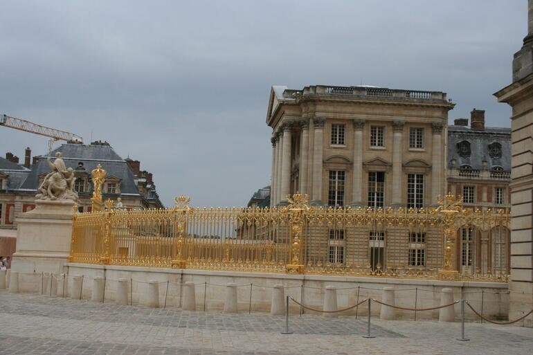Exterior of Palace - Paris