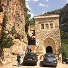 Cedros do Líbano, Qozhaya e Bcharre saindo de Beirute, Beirut, Líbano