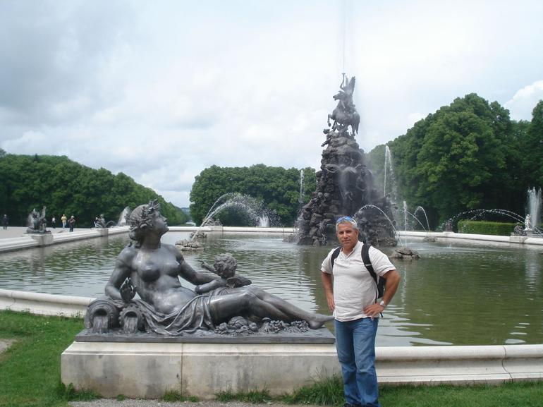 The fountains at Herrenchiemsee Castle - Munich