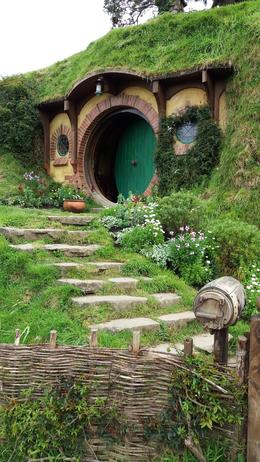 Bilbo Baggins Hobbit Hole , Maria A - September 2017