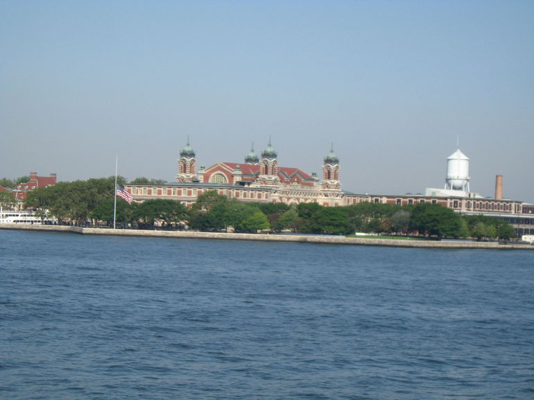 Statue of Liberty and Ellis Island Tour photo 21