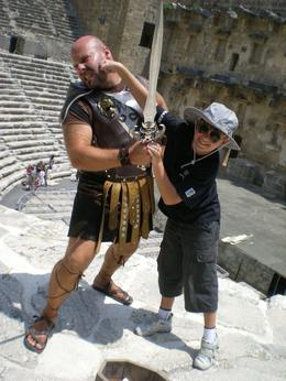 Roman Gladiators still make surprise visits. Dad, take the picture quickly!, Dan?el M - July 2009