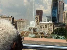 Buckingham Fountain and some dude's head , Kim C - July 2011
