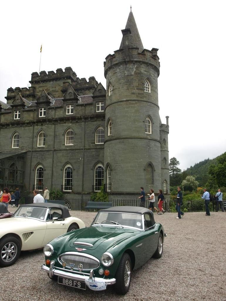 Duke of Argyll's Castle at Inveraray - Edinburgh
