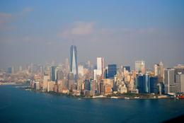 Skyline mit dem neuen One World Trade Center , Benjamin F - October 2013