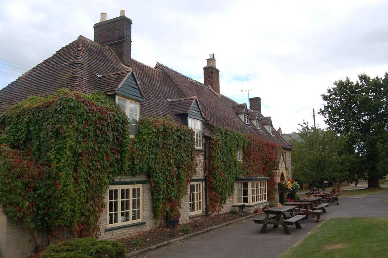 The White Hart Pub - Stratford - London
