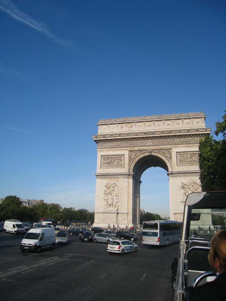 Arco del Triunfo - Paris