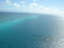 Great Barrier Reef from the air, MIRAN S - November 2008