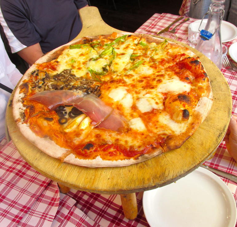 Pizza with 3 different toppings! - Rome