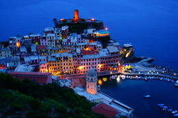 The Jewell of the Cinque Terre. Vernazza , stirosphoto - July 2014