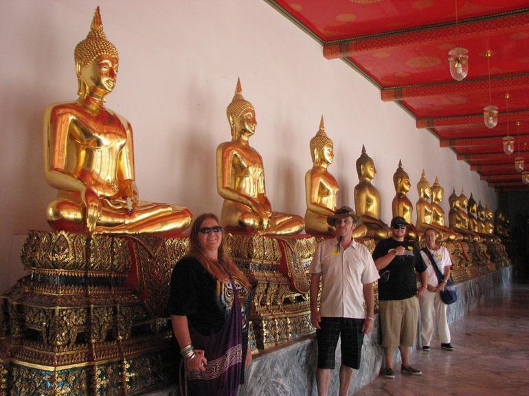 Buddhas and us - Bangkok