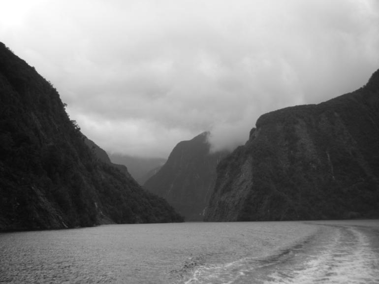 Cruising - Fiordland & Milford Sound