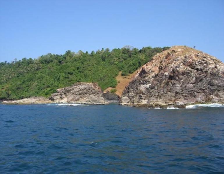 Grand Island - Goa